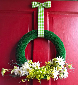 christmas wreath made from artificial grass