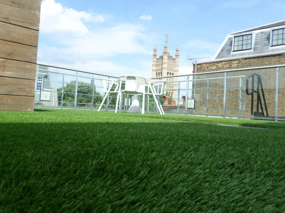 How to lay artificial grass on a balcony | Perfect Grass Ltd