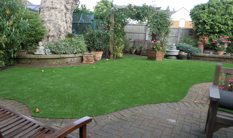 Small Garden Designs Surrey: Outfield Grass Installed On A Pretty Back Garden In Hornchurch