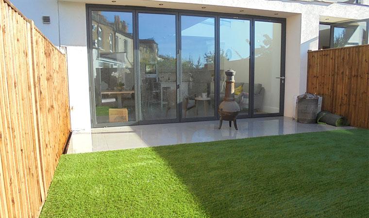 Small Garden Design Idea Perfect Grass Ltd