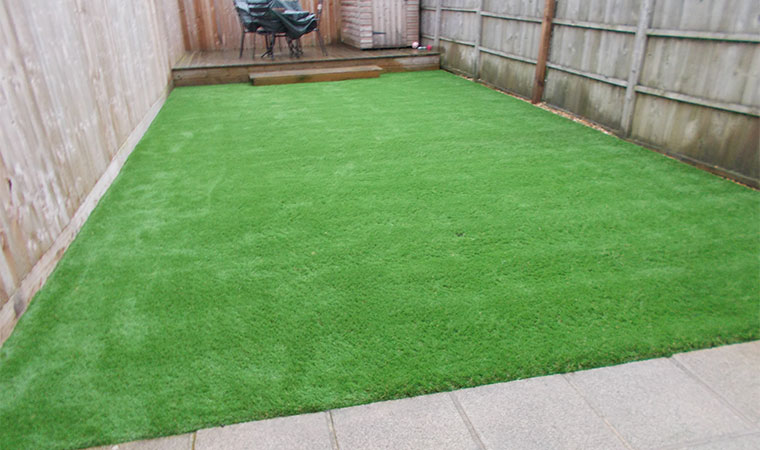 Garden Design For A Small Garden | Perfect Grass Ltd
