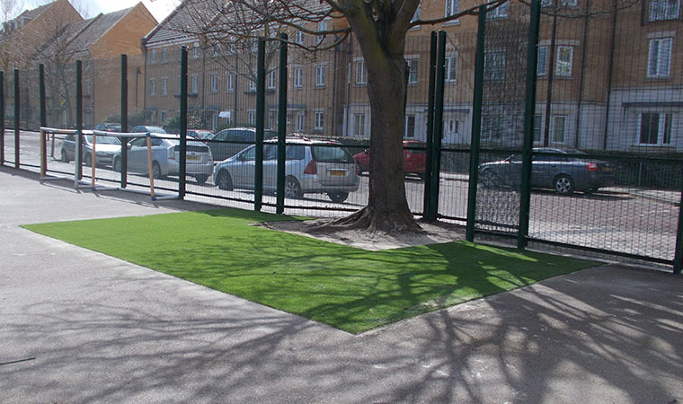 The second artificial grass reading area