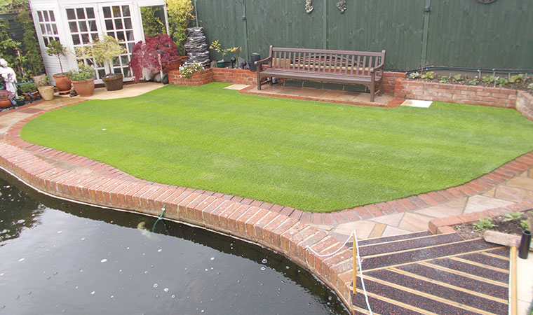 The square archives perfect grass ltd for Garden pool surrounds