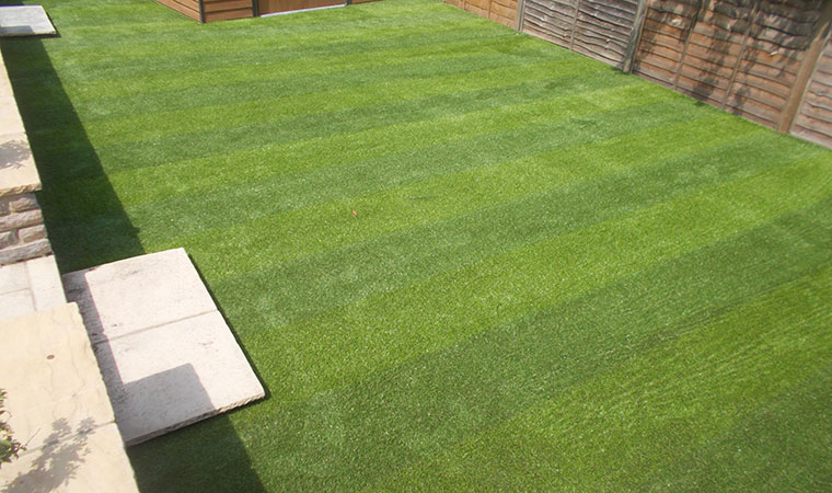 Professionally fitted artificial grass in Addiscombe