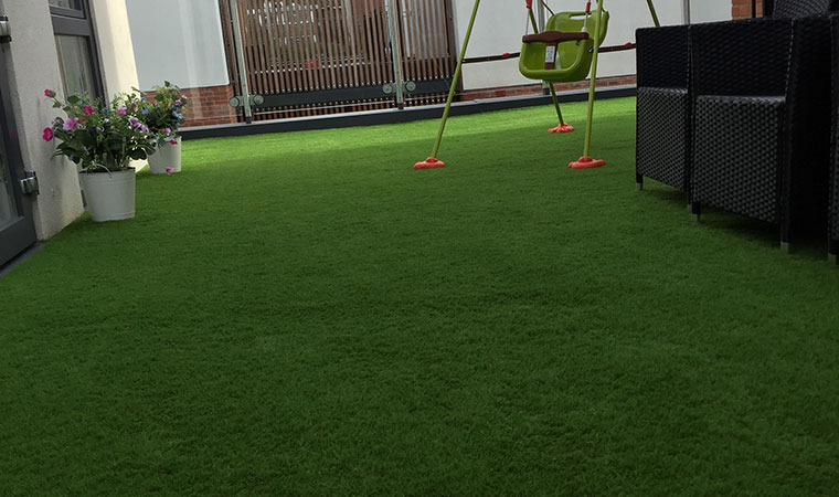 Artificial grass in Shooters Hill