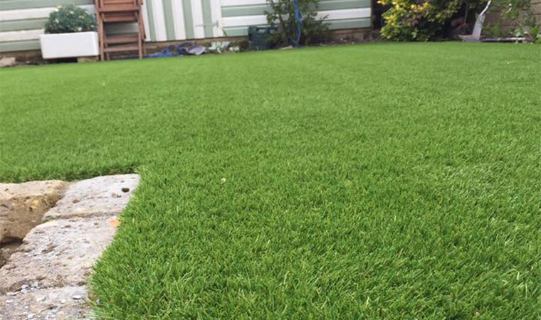 Artificial grass in hextable after
