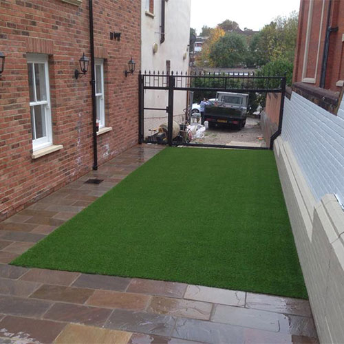 Easycare lawn brentwood