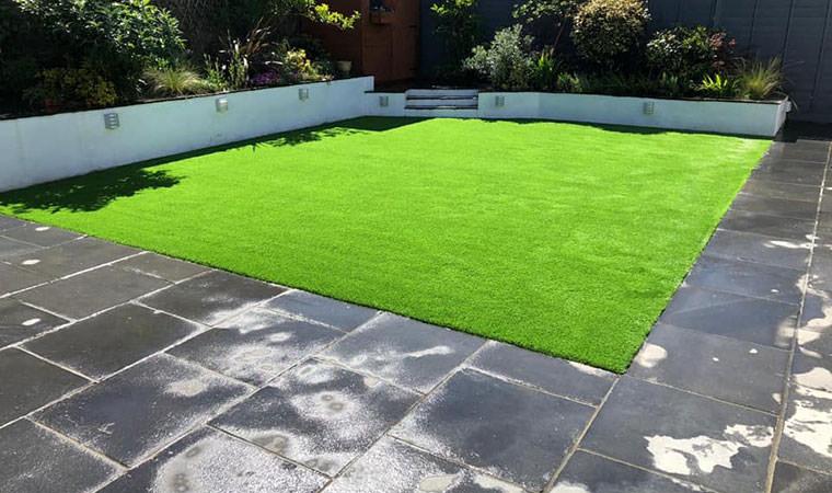 Modern garden Bexley artificial grass