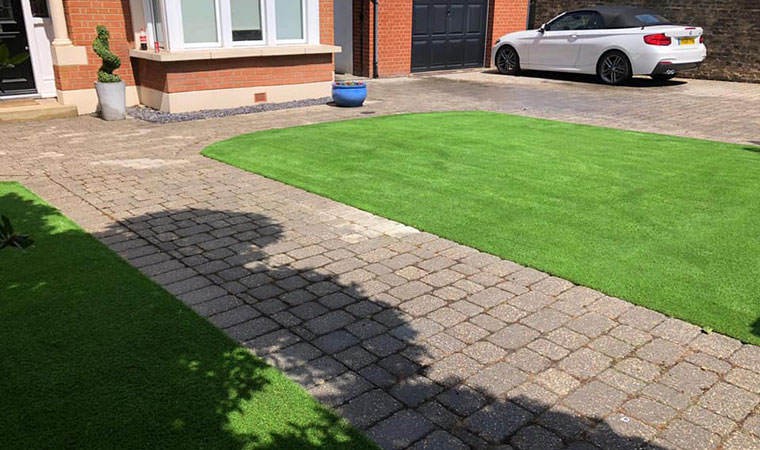 Sidcup lawn completed