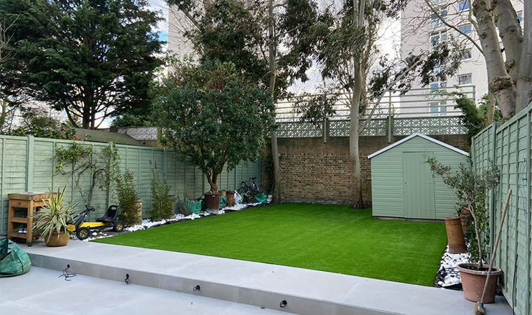 Artificial grass lawn Clapham
