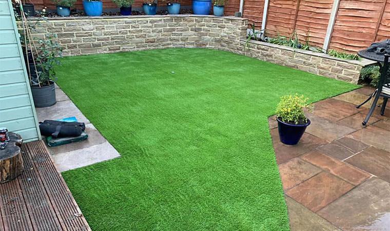 Garden in Maidstone benefits from artificial grass