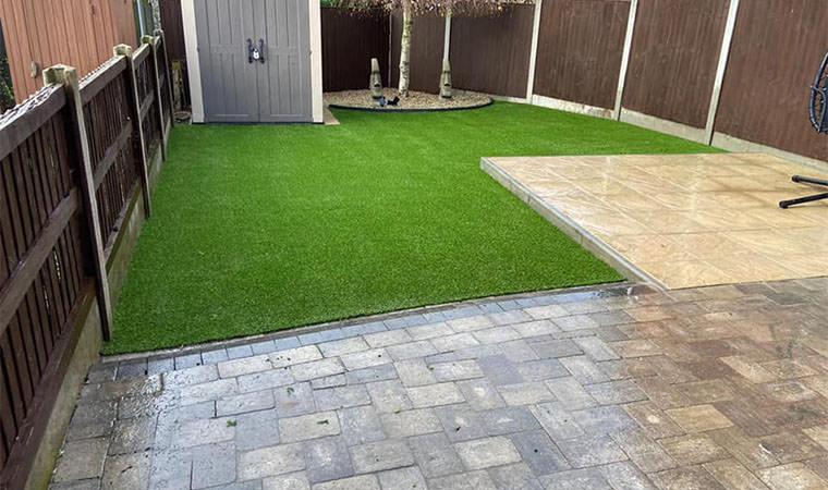 Garden blended with artificial grass